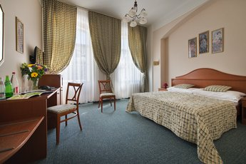 EA Hotel Mozart*** - double room